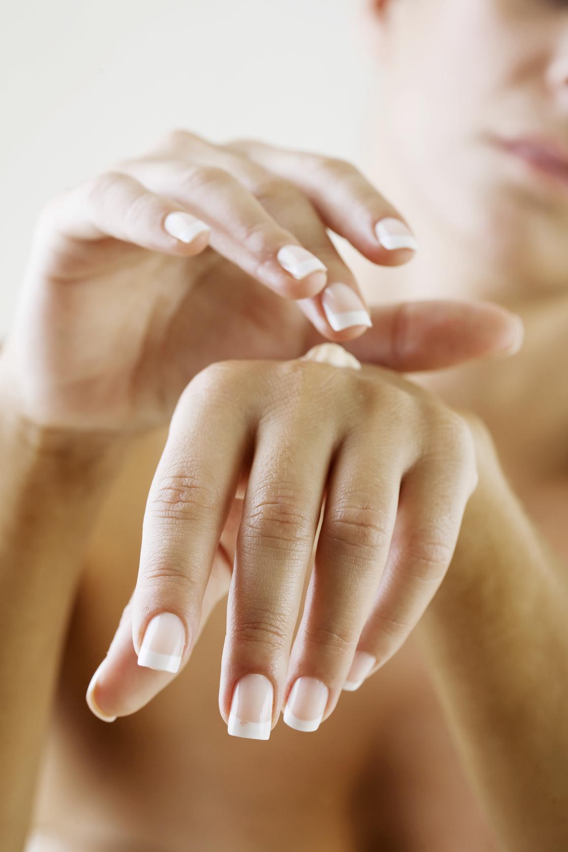 Kézvédő krémmel a berepedező, száraz bőr ellen!